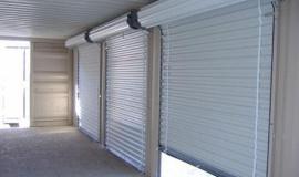 Nên lựa chọn cửa  cuốn hay cửa kéo cho công trình