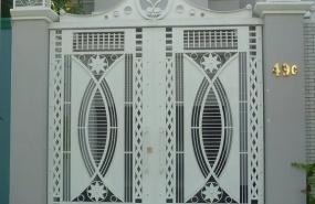 Cổng sắt 2 cánh