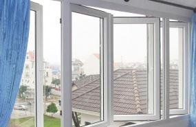 Cửa sổ mở quay 4 cánh màu trắng